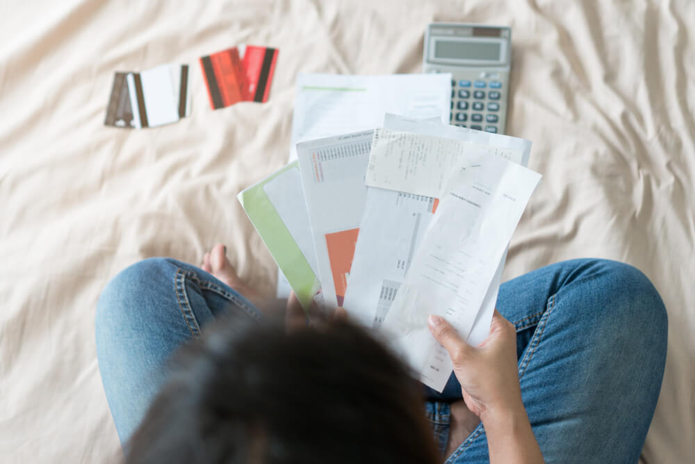 10 Warning Signs You Have Debt Problems